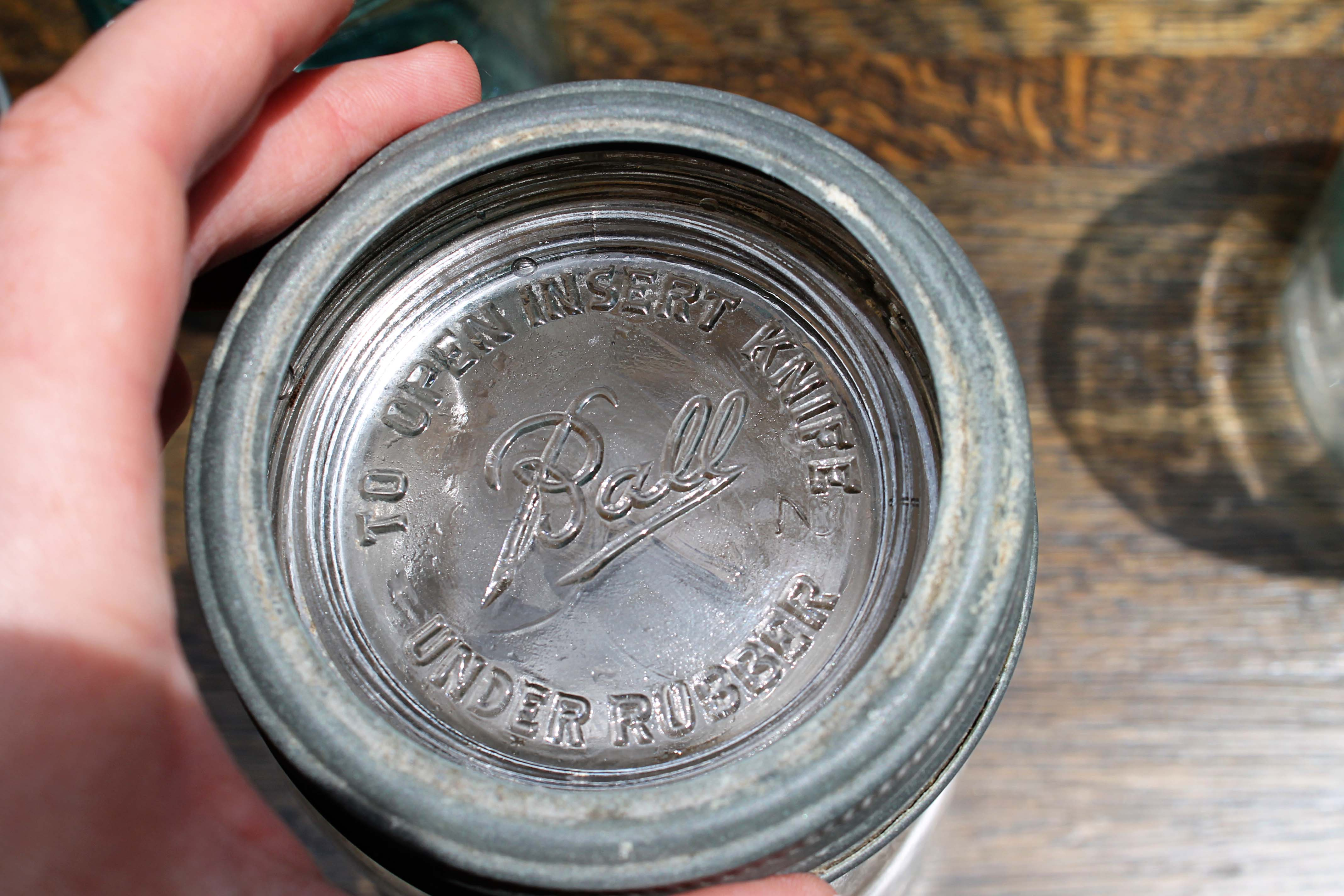 Clear class lid on a Kerr mason jar